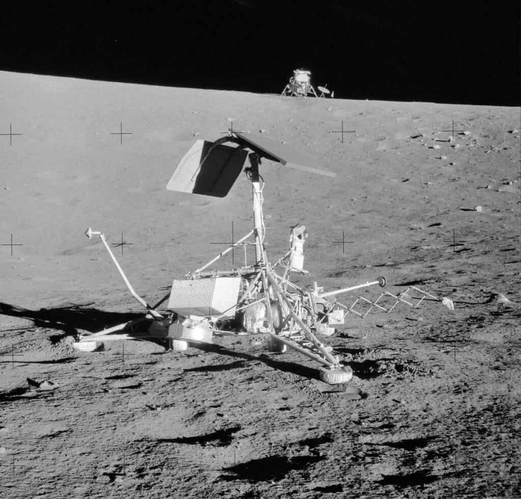 Автоматическая станция Сервейер-3 на Луне