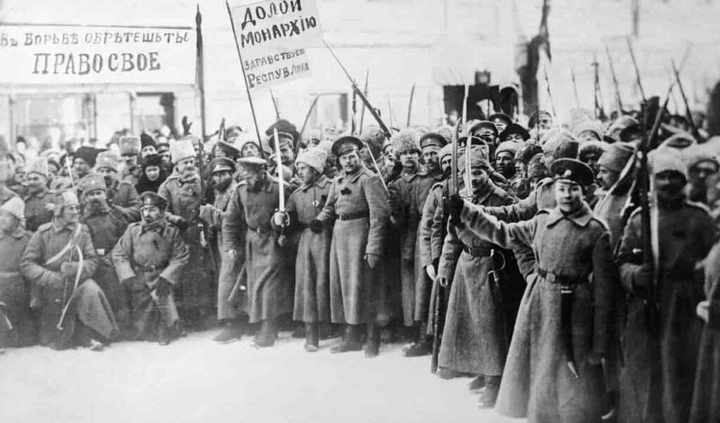 Как Ленин спас Россию.